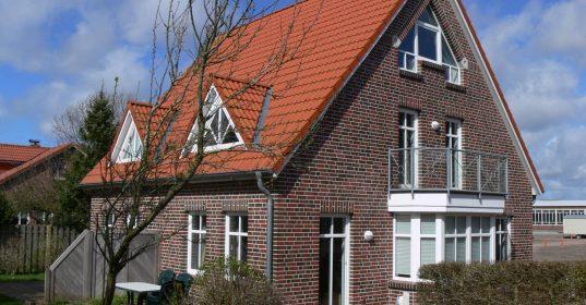 Doppelhaus-Residenz-Sommergarten